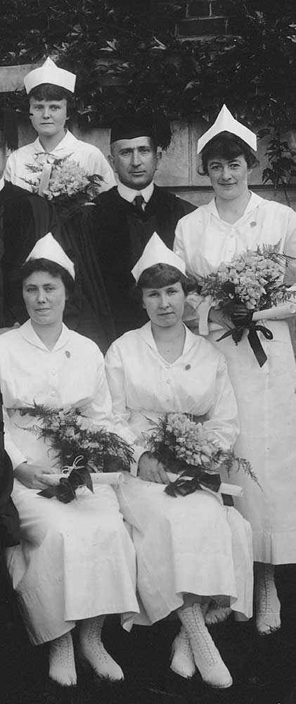 UVA School of Nursing class of 1919 Mr. Jefferson's Nurses cover