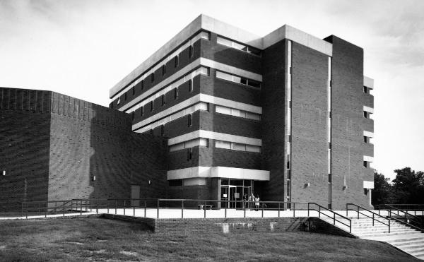 The new McLeod Hall, 1972.	Eleanor Crowder Bjoring Center for Nursing Historical Inquiry, University of Virginia School of Nursing. Ralph Thompson, Photographer.